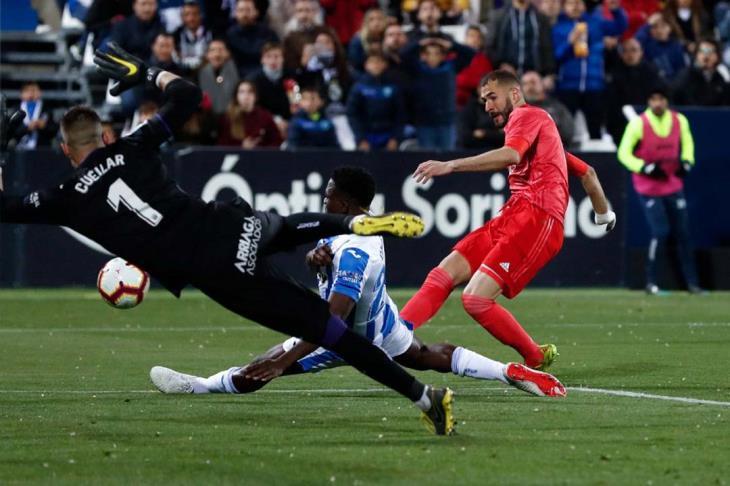 تعثر من جديد.. بنزيما ينقذ ريال مدريد من هزيمة أمام ليجانيس بالليجا