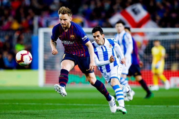 بأقدام المدافعين.. برشلونة يتجاوز سوسييداد بثنائية ويلامس لقب الليجا