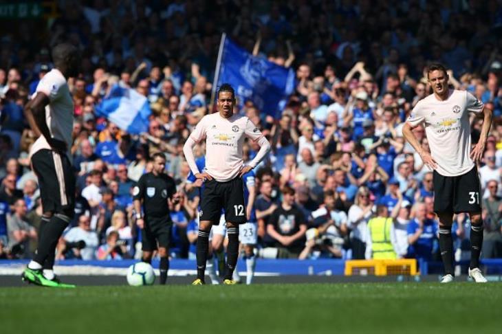 بالفيديو.. إيفرتون يكتسح مانشستر يونايتد برباعية في الدوري الإنجليزي