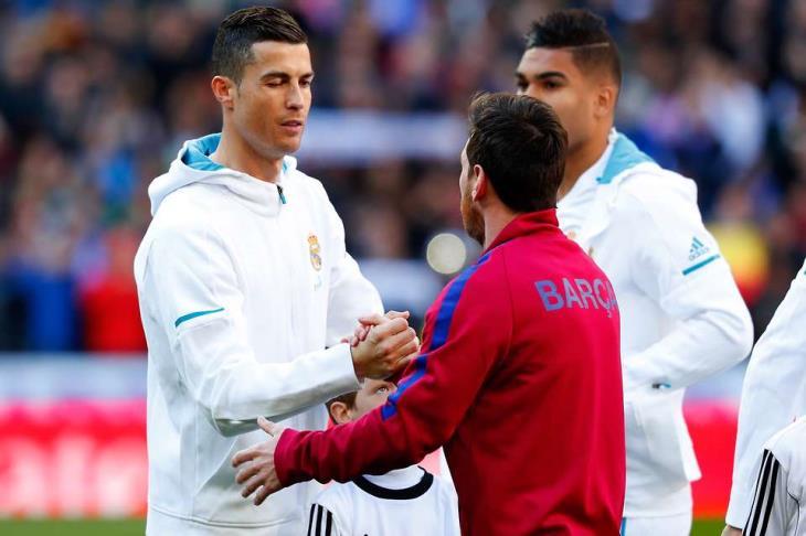 رونالدو: سعيد بمطالب عودتي لريال مدريد.. وفي برشلونة سيرفضون وجودي