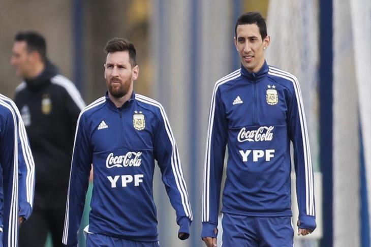 دي ماريا: إذا انتقلت إلى برشلونة.. سيكون للعب بجوار ميسي