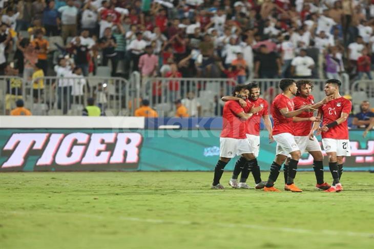 دونجا: مواجهة غينيا كانت إيجابية.. وصلاح رمز لمصر