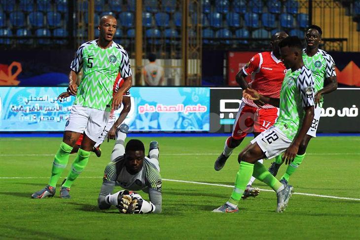 """حارس نيجيريا عن استخدامه للسحر الأسود: """"جوجو"""" لا تعمل في كرة القدم"""