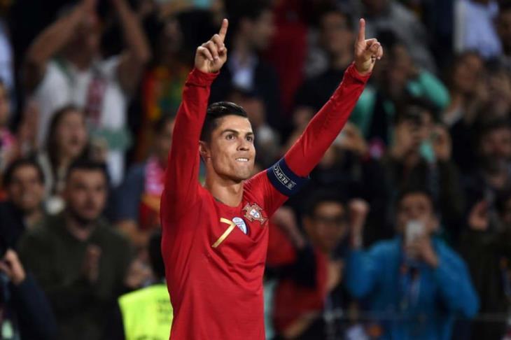 صحف البرتغال تحتفل برونالدو