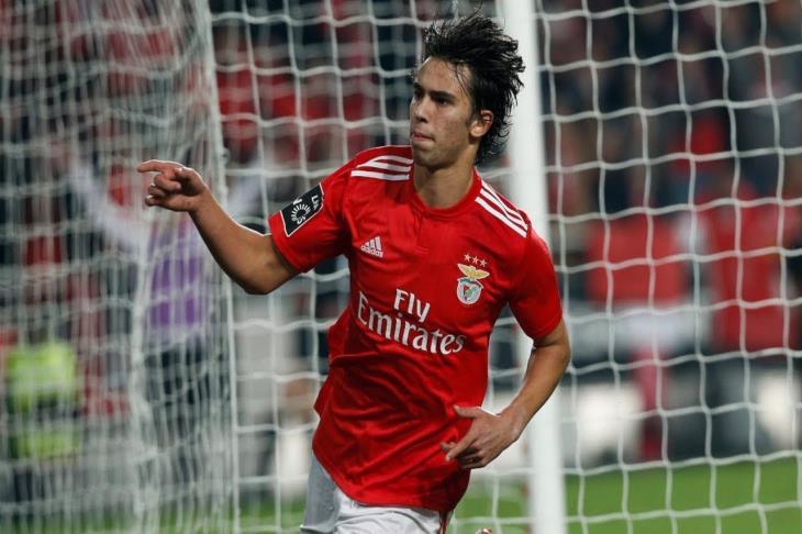 لتعويض رحيله.. تقارير: أتلتيكو مدريد يحدد بديل جريزمان