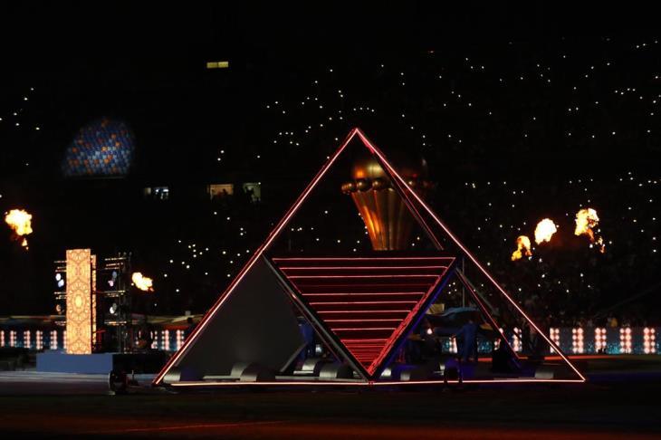 بالصور والفيديو.. أهرامات مصر تستضيف فن إفريقيا في حفل ختام كأس الأمم
