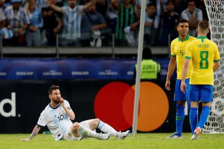 """8 حقائق بعد """"السوبر كلاسيكو"""".. بين """"خيبة"""" ميسي والأرجنتين وأرقام البرازيل"""
