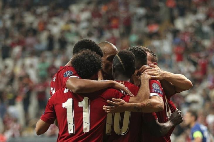 """""""امنحوهم الكأس من الآن"""".. ريدناب: ليفربول سيفوز بالدوري.. ويونايتد لن يتواجد بين الكبار"""