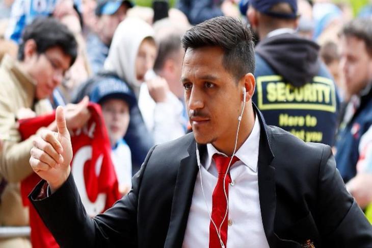 رسميًا.. مانشستر يونايتد يعير سانشيز لإنتر ميلان