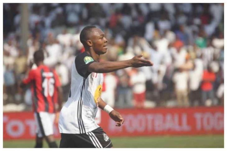 """هدف الأهلي.. مازيمبي يرفض عرضًا """"صادمًا"""" لضم جاكسون موليكا"""