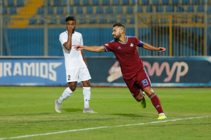 عبدالله السعيد يحصد جائزة أفضل لاعب بنهائي الكونفدرالية