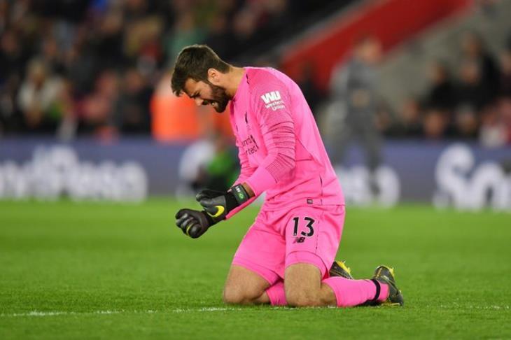 ميرور: شكوك حول جاهزية ثنائي ليفربول أمام أرسنال