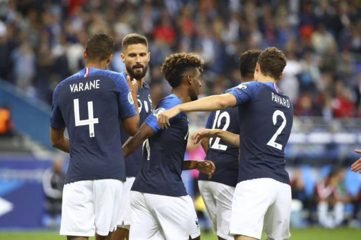 فرنسا تسحق البانيا وتستعيد صدارة مجموعاتها بتصفيات يورو 2020