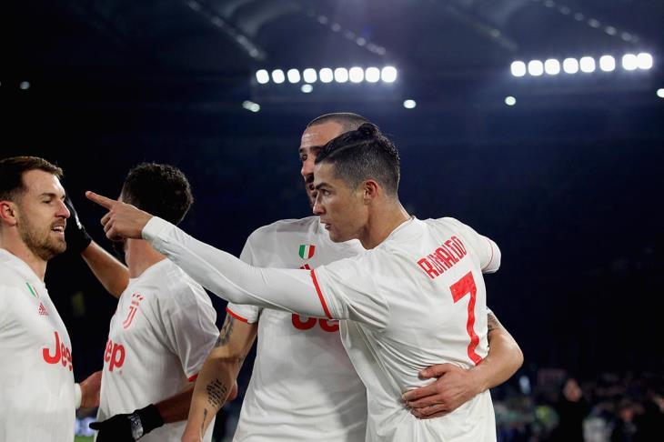 رونالدو يقود يوفنتوس للانفراد بصدارة الدوري بالفوز على روما