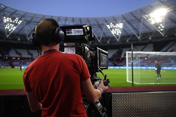 مانشستر يونايتد ونيوكاسل أول مباراة تُذاع بنظام الدفع مقابل المشاهدة