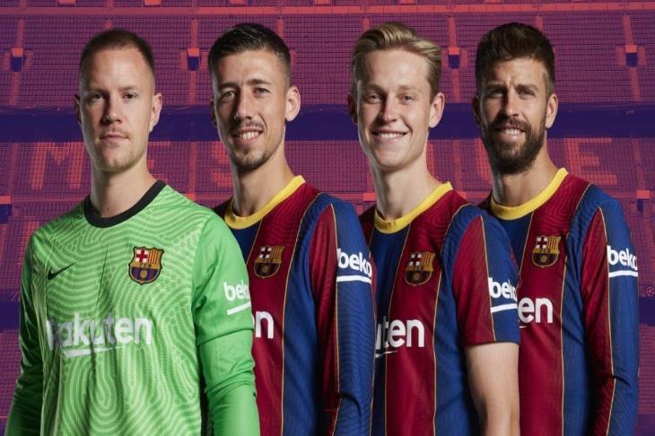بعد 30 دقيقة من الخماسية.. برشلونة يعلن التجديد لـ4 لاعبين رسميا