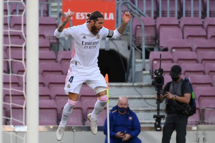 """بعد العودة إلى الـ""""VAR"""".. راموس يتقدم لريال مدريد في الكلاسيكو"""