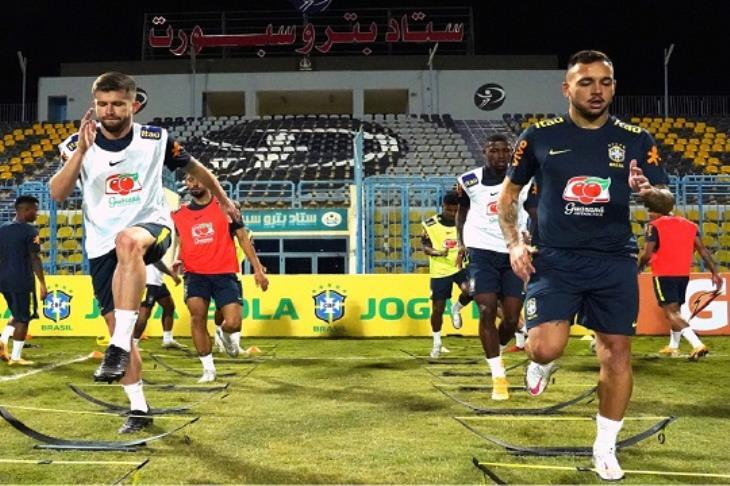 الاتحاد البرازيلي: غياب ظهير المنتخب الأولمبي عن لقاء مصر لإصابته بكورونا