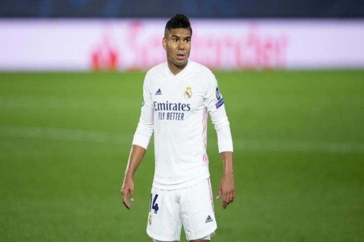 كاسيميرو يتعافى من كورونا ويعود لتدريبات ريال مدريد