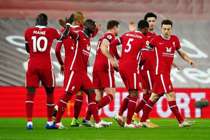 ليفربول يتقاسم صدارة بريميرليج مع توتنهام بفوز كبير على ليستر سيتي