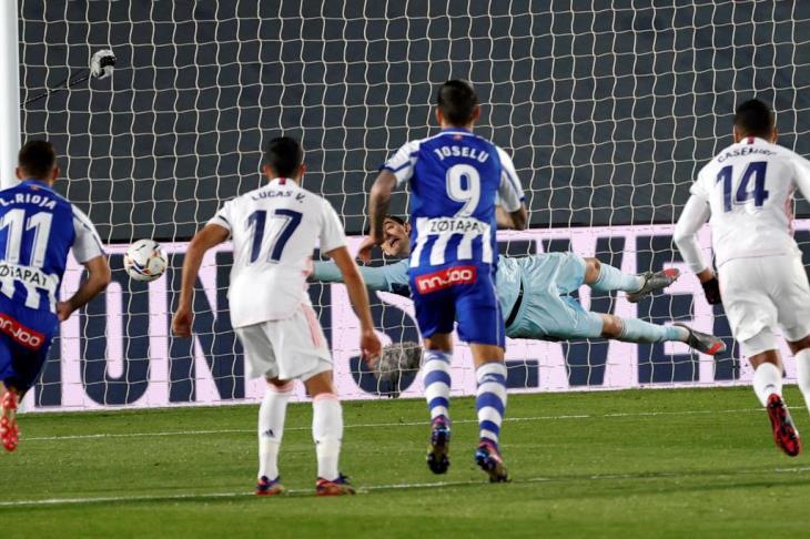 خبير تحكيمي: ريال مدريد استحق ركلة الجزاء