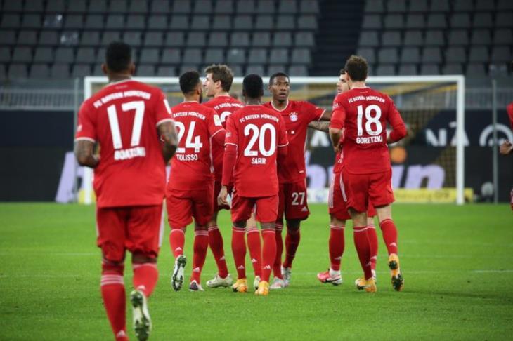 بايرن يحسم الكلاسيكو بالفوز على دورتموند ويرتقي لقمة الدوري الألماني