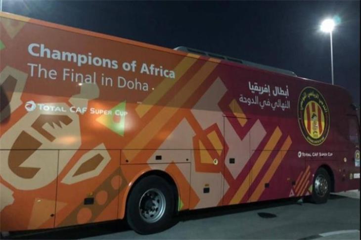 بالصور.. تشويه حافلة الترجي في قطر قبل مواجهة الزمالك