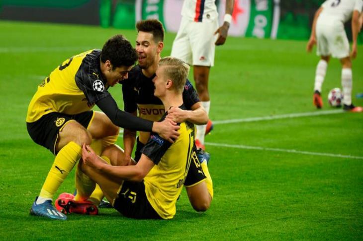 لا يتوقف.. هالاند يسجل هدفين في 8 دقائق بأول مبارياته الأوروبية مع دورتموند