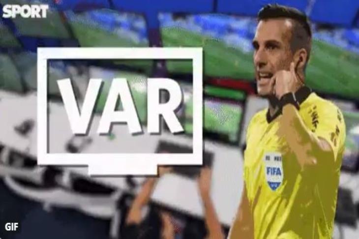 تقنية الفيديو تؤخر انطلاق مباراة برشلونة وإيبار
