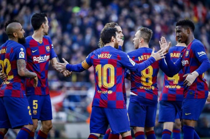ميسي يعبث بالأوراق.. برشلونة الأكثر تسجيلا للأهداف في تاريخ الليجا