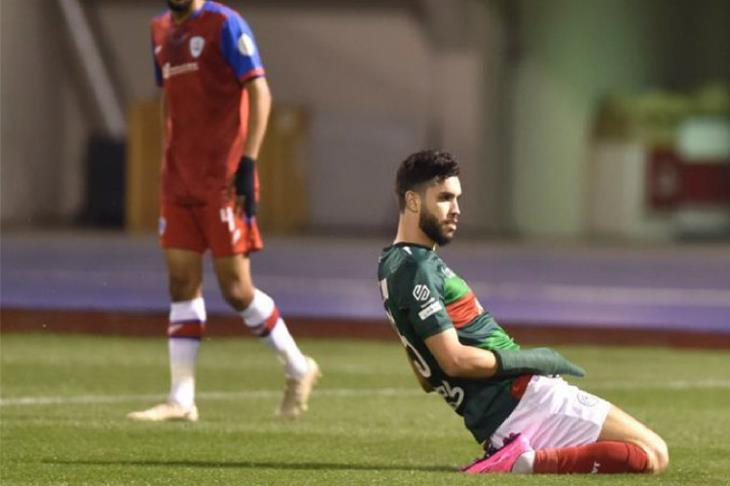 تقارير مغربية: فايلر يرفض تواجد أزارو.. تجربة الخليج قد تستمر