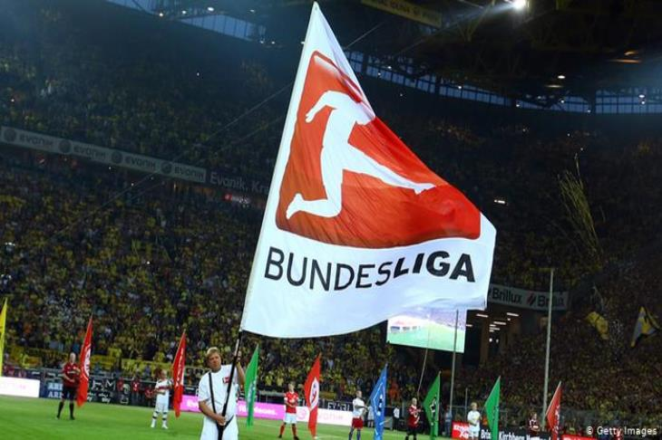 التذاكر الموسمية تضع أندية البوندسليجا في أزمة كبيرة قبل الموسم الجديد