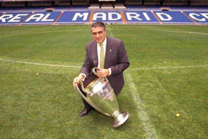 وفاة رئيس ريال مدريد السابق بعد إصابته بفيروس كورونا