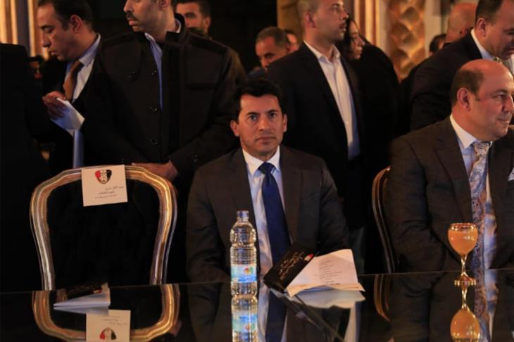 وزير الرياضة: موقف الدوري مسؤولية اللجنة الخماسية