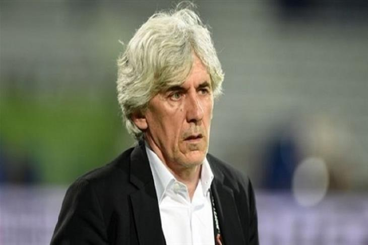 هل أطاح كورونا به؟.. مدرب الإمارات لم يخض أي مباراة منذ 16 شهرًا