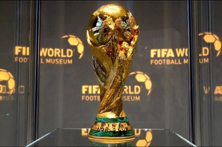 كان شكلها ايه؟.. كأس العالم من استحضار روح إله النصر إلى تصميم جازانيجا