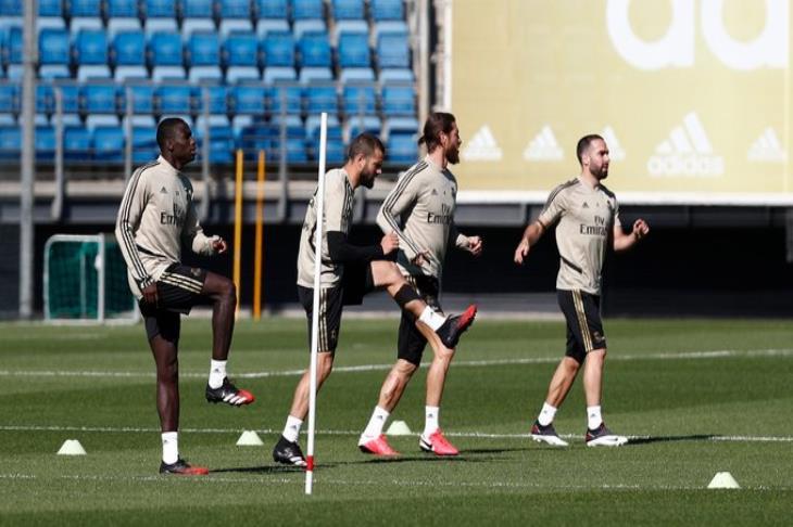 على غرار برشلونة.. ريال مدريد ينتظم في التدريبات الجماعية تمهيدا لاستئناف الليجا
