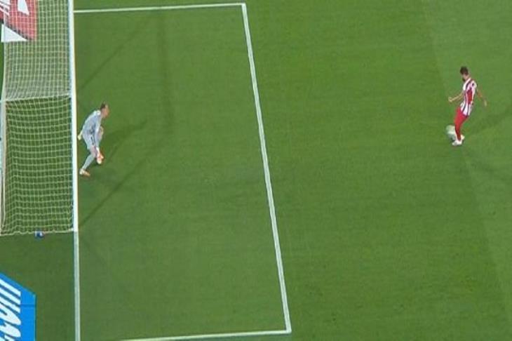 """بالفيديو.. """"VAR"""" يبدد مجهود شتيجن ويمنح أتلتيكو تعادلًا مع برشلونة"""