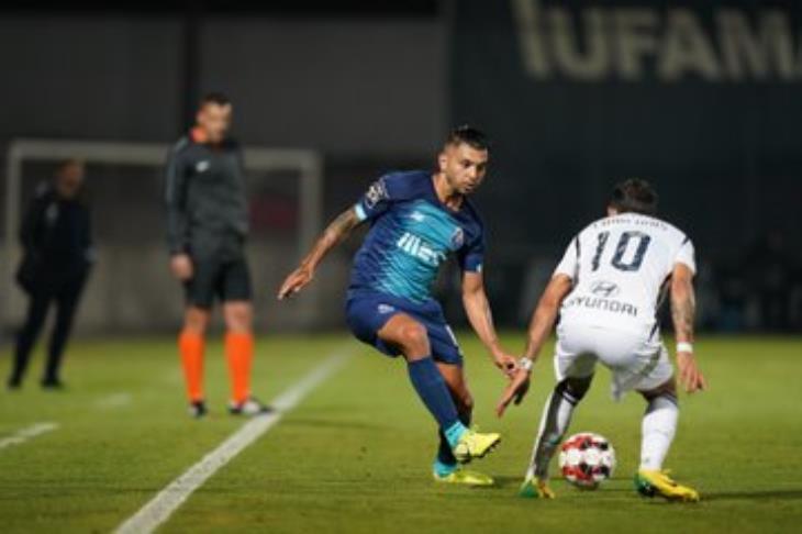 """عودة الدوري البرتغالي.. """"كورونا"""" يسجل وبورتو يسقط.. وخسارة جيل فيسنتي"""