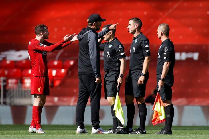"""بالفيديو.. فرص صلاح.. بيرنلي يخرج بتعادل من معقل ليفربول """"أبطال بريميرليج"""""""