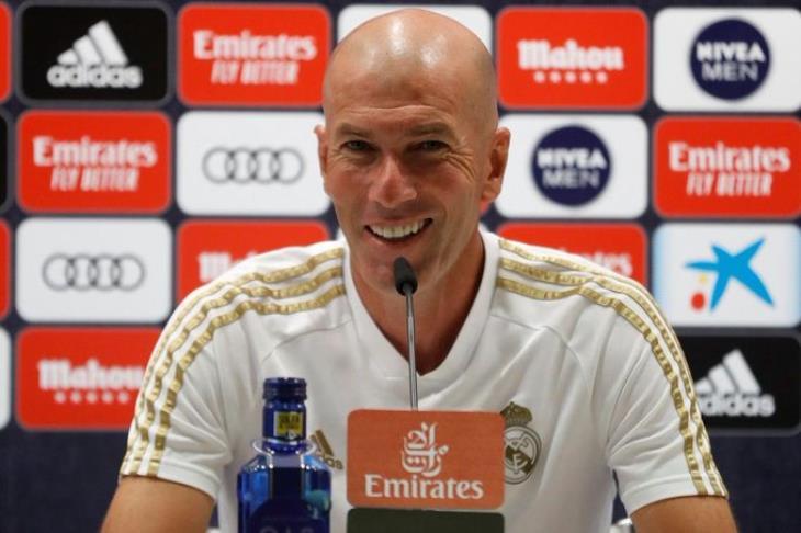 مؤتمر زيدان عن.. حالة كورتوا.. انتقاد الفريق.. وماذا لو فاز برشلونة بالليجا؟