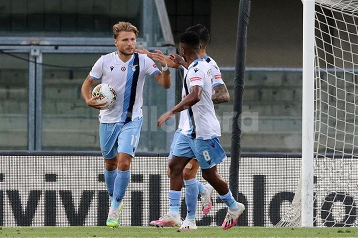 لاتسيو يقلب تأخره أمام فيرونا لفوز كاسح في الدوري الإيطالي