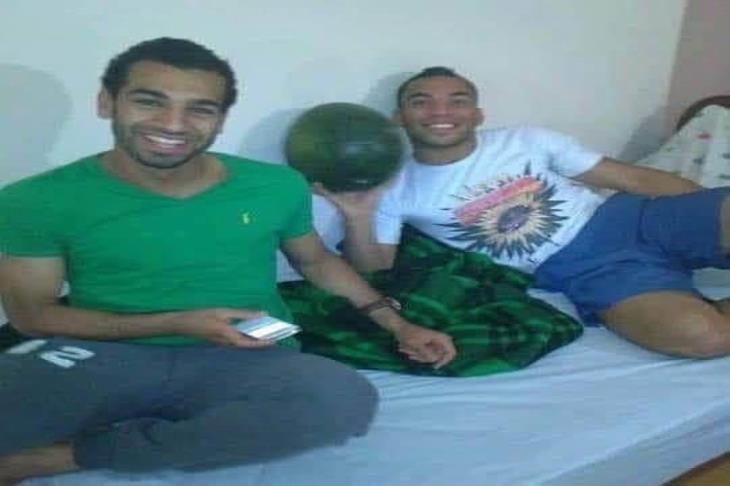 """""""من اصطحابه بسيارته لبائع متجول"""".. قصة زميل صلاح في المقاولون العرب"""