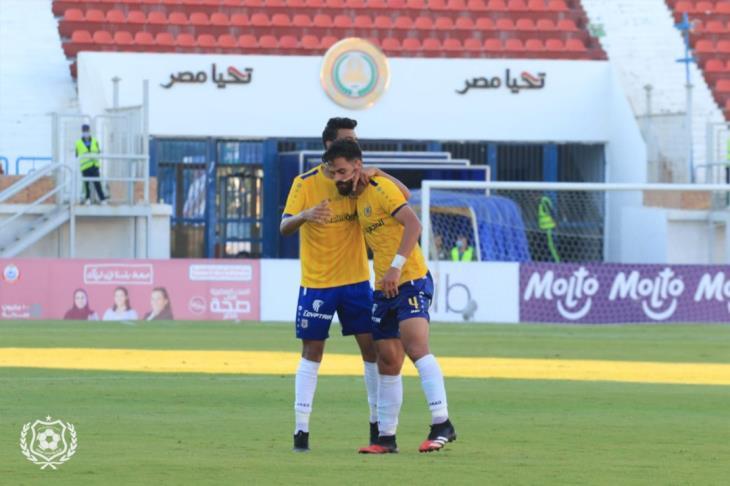 تقارير: الإسماعيلي يواجه الأهلي بتشكيل رباعية نادي مصر