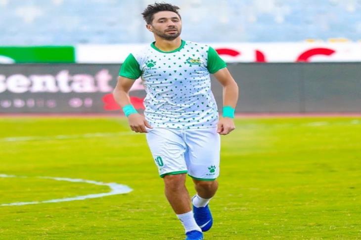 إصابة إسلام أبو سليمة لاعب المصري بقطع في الرباط الصليبي