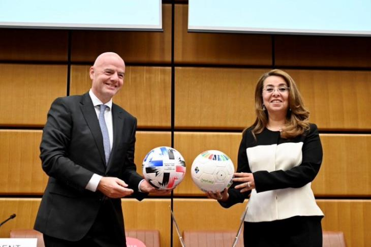 غادة والي توقع مذكرة تفاهم مع فيفا للقضاء على الفساد في الرياضة