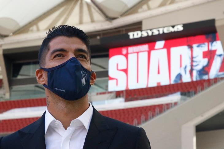 سيميوني: سواريز سيمنحنا القوة الهجومية.. وتحدثنا معه قبل مغادرة برشلونة