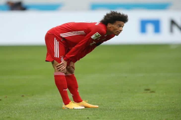فليك يُعلن غياب ساني أمام دورتموند في السوبر الألماني للإصابة
