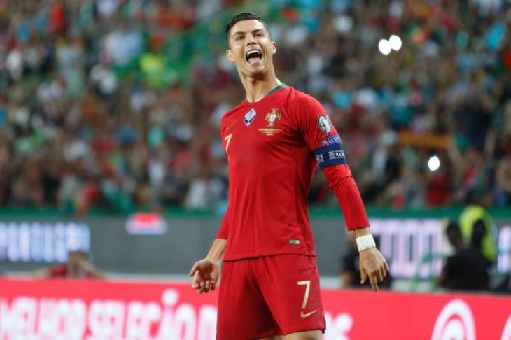 Goal remains on the 700 .. Ronaldo leads Portugal to beat Luxembourg in Euro qualifiers