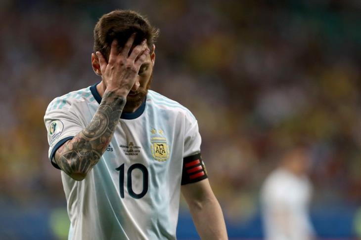 ميسي بعد الخسارة من كولومبيا: سنحتاج إلى بعض الوقت لتقبل الهزيمة